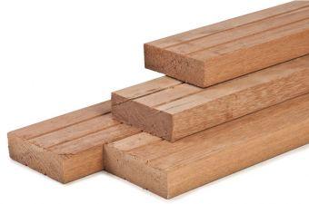 Hardhout geschaafd timmerhout 4,4x14,5x305 cm